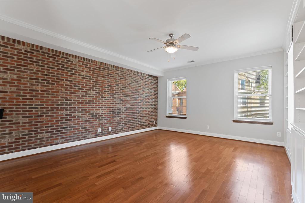 Living Room - Brick Decorative Wall - 3518 10TH ST NW #B, WASHINGTON