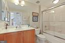 Bath 2 - 1000 N RANDOLPH ST #809, ARLINGTON
