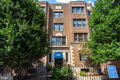 1661 PARK RD NW #303