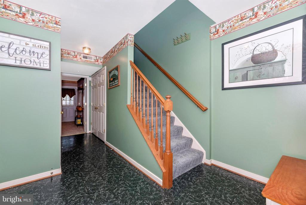 Lower Level Main Entrance - 2022 MALVERN WAY, FREDERICK