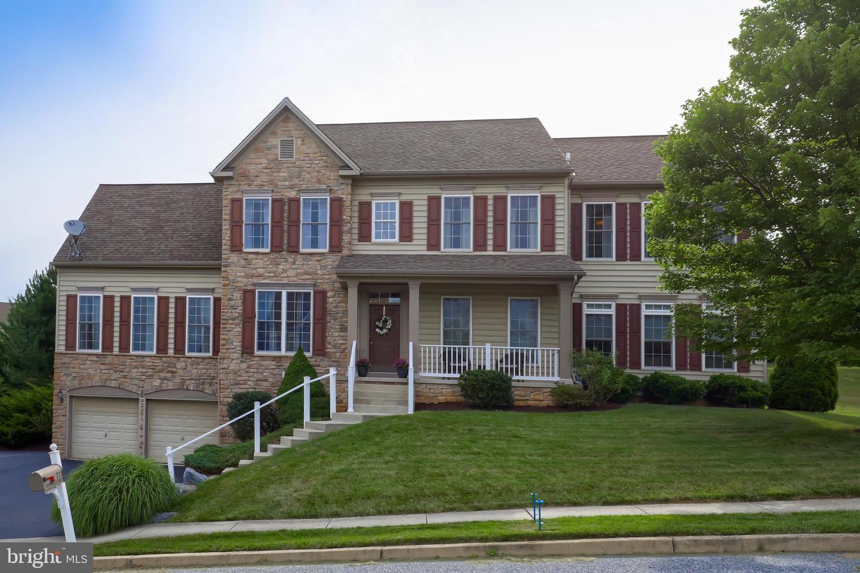 Single Family Homes vì Bán tại Red Lion, Pennsylvania 17356 Hoa Kỳ