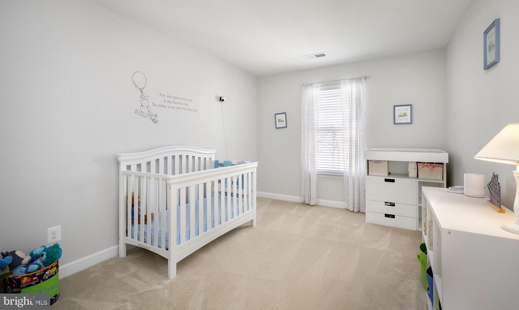 Bedroom 2 - 18 LADYSMITH CT, HAMILTON