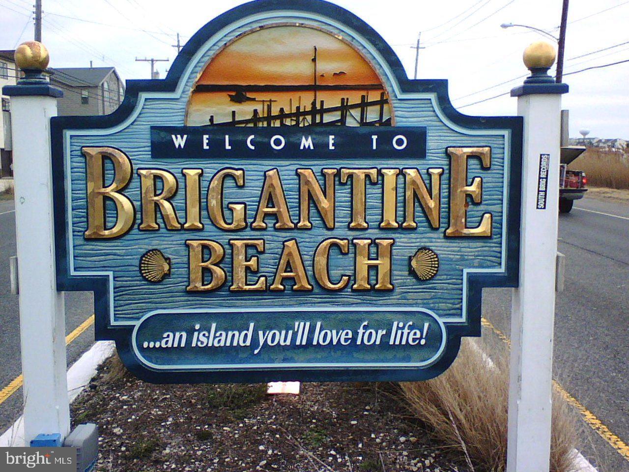 Single Family Homes pour l Vente à Brigantine, New Jersey 08203 États-Unis