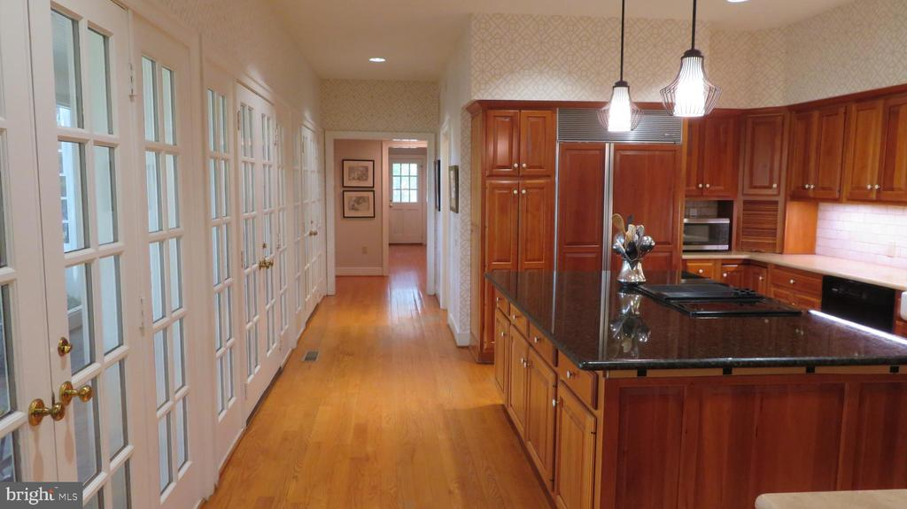 Kitchen with French Doors to Screened Porch - 25 CLOREVIA LN, FLINT HILL