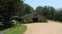 Barn Entrance - 25 CLOREVIA LN, FLINT HILL