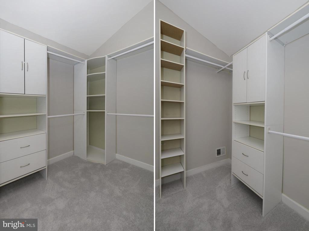 UL Master Suite Walk-in Closet - 4124 HUNT RD, FAIRFAX