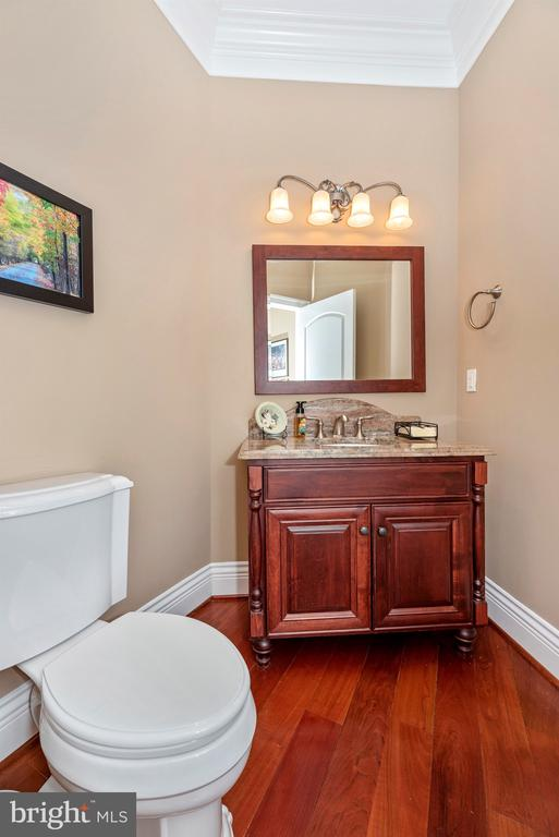 Powder room - 12788 BARNETT DR, MOUNT AIRY