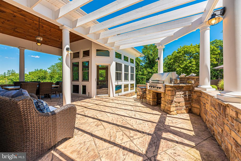 Patio access to gazebo - 12788 BARNETT DR, MOUNT AIRY