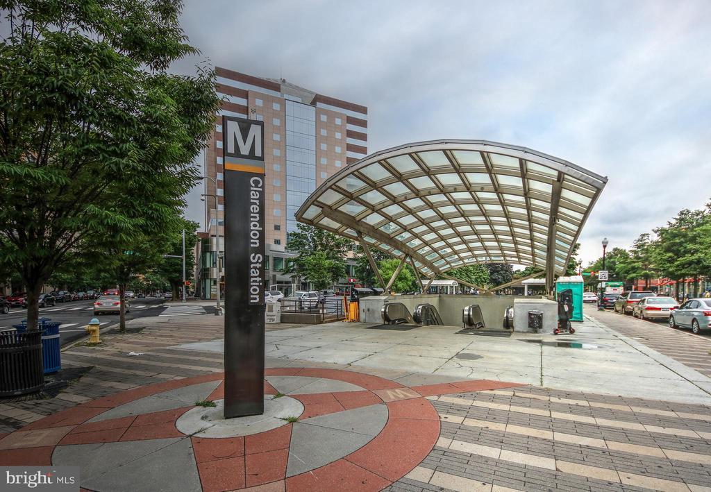 Walk to Clarendon Metro - 3506 7TH ST N, ARLINGTON