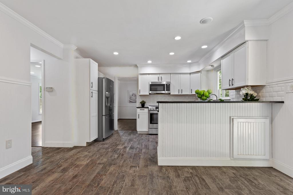 New kitchen - 8800 PRUDENCE DR, ANNANDALE