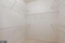 large walk-in closet - 3009 NICOSH CIR #4407, FALLS CHURCH