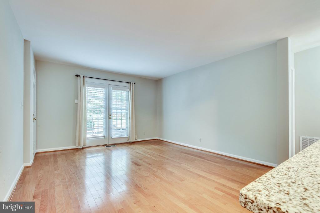 French doors to front patio- exclusive to unit A - 2515-A S WALTER REED DR #A, ARLINGTON