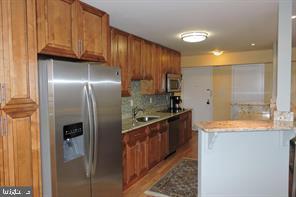 kitchen - 9701 FIELDS RD #405, GAITHERSBURG