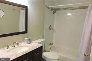 updated full bath - 9701 FIELDS RD #405, GAITHERSBURG