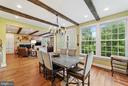 Country Kitchen informal dining - 19200 ORCHARD MANOR LN, LEESBURG