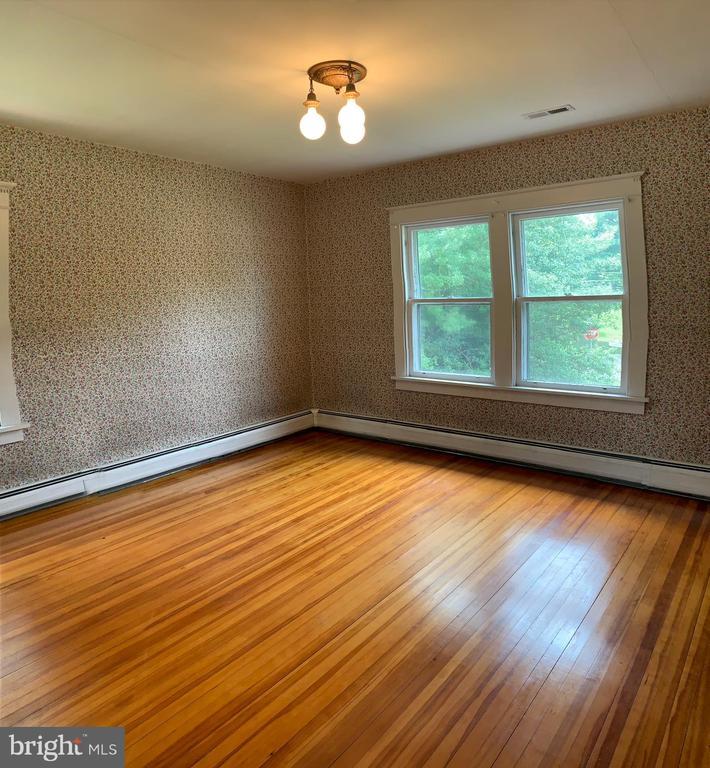 3rd Bedroom - 600 W WASHINGTON ST, MIDDLEBURG