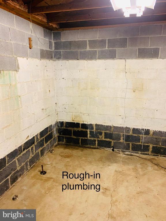 Potential Pool Utility Room - 600 W WASHINGTON ST, MIDDLEBURG