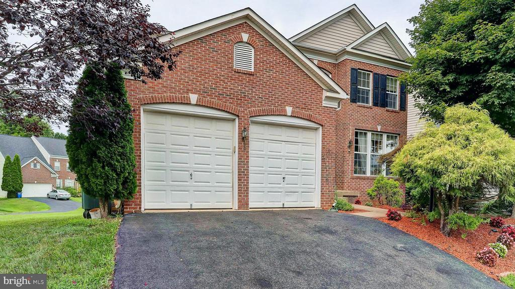 - 4982 MARSHALL CROWN RD, CENTREVILLE