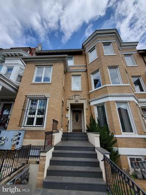 1441 CLIFTON ST NW #101