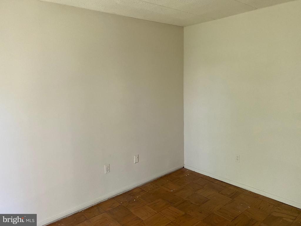 2nd Bedroom / Den - 2616 FORT FARNSWORTH RD #246, ALEXANDRIA