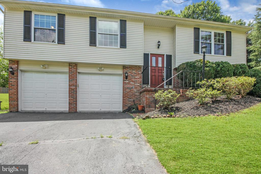 - 1170 KETTLE POND LN, GREAT FALLS