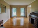 Living Room - 9300 EAGLE CT, MANASSAS PARK