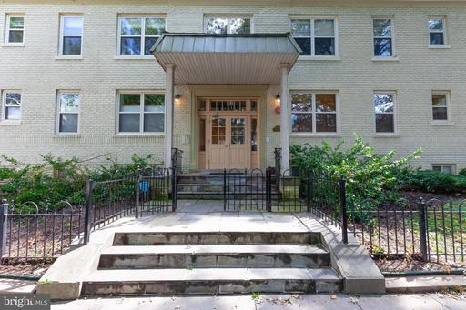 1300 TAYLOR ST NW #102