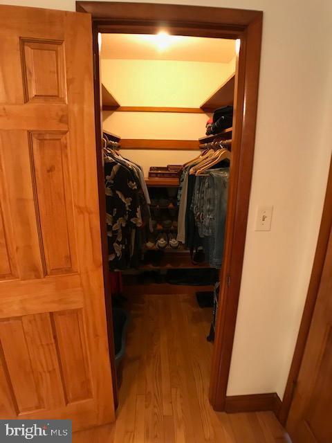 Walk-In Closet - 9525 RIGGS RD, ADELPHI
