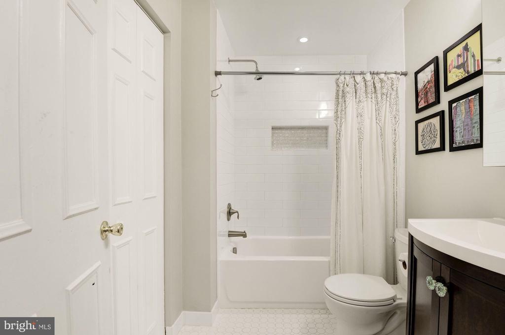 Master Bathroom - New Tile, Vanity, Floors, Lights - 7758 NEW PROVIDENCE DR #10, FALLS CHURCH