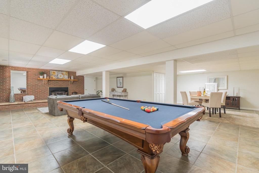Pool table was made for this space - 10832 MIDDLEBORO DR, DAMASCUS