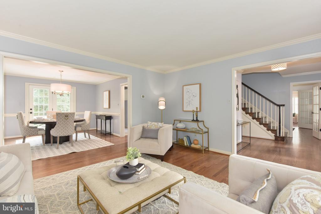 Formal living looking into formal dining room - 1000 DARTMOUTH RD, ALEXANDRIA