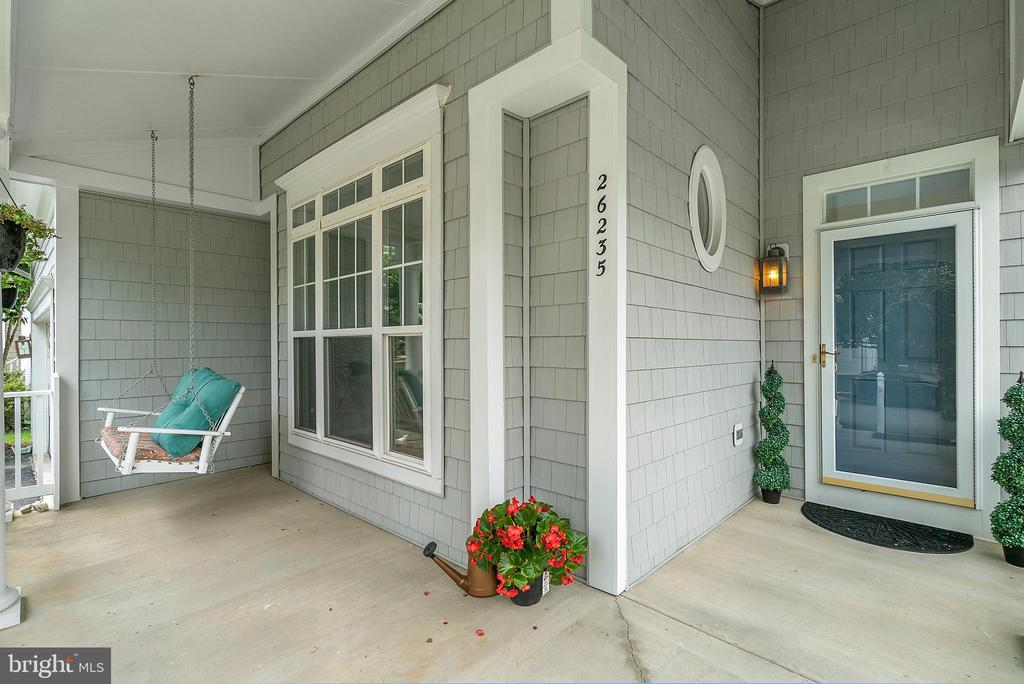 Front Porch - 26235 OCALA CIR, CHANTILLY