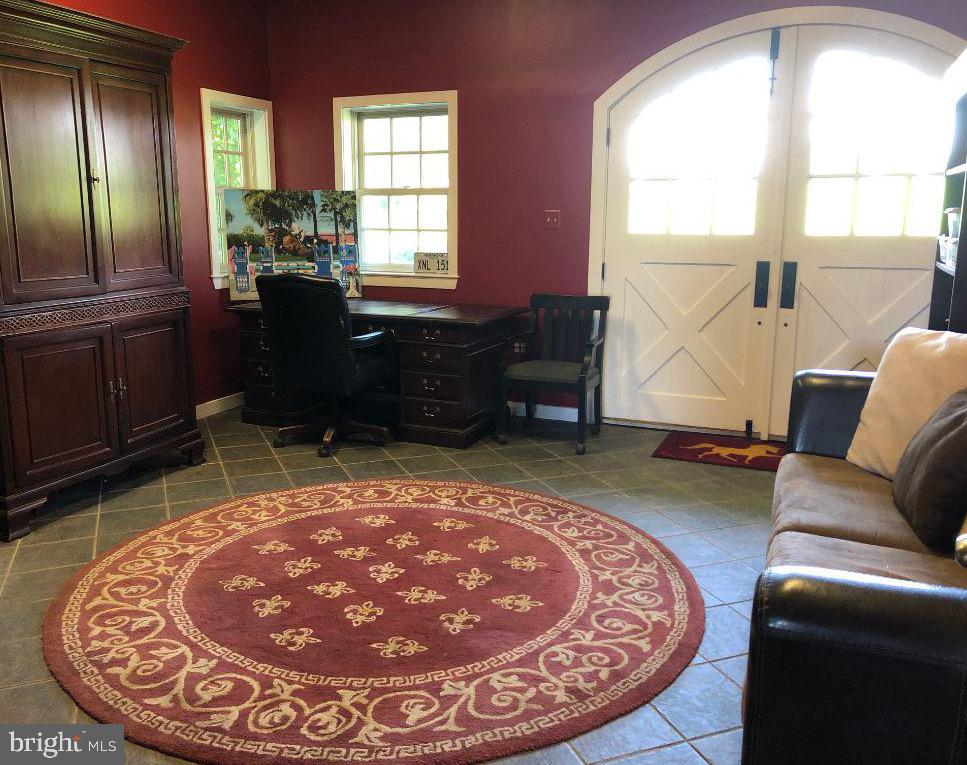 Office in stable/ Doors lead to outdoor arena - 19200 ORCHARD MANOR LN, LEESBURG