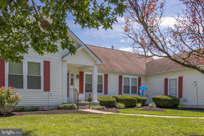 Single Family Homes 為 出售 在 Clayton, 新澤西州 08312 美國
