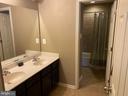 Upper Hall Bath - Double Sinks - 15607 GREAT BRIDGE LN, CULPEPER