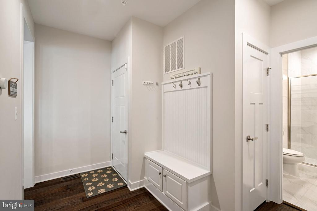 Mud Room - 17429 SPRING CRESS DR, DUMFRIES