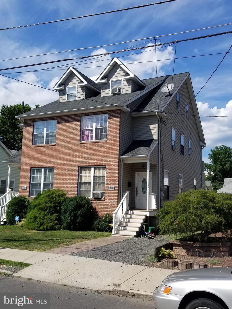 114 HUFF Avenue  Trenton, New Jersey 08618 États-Unis