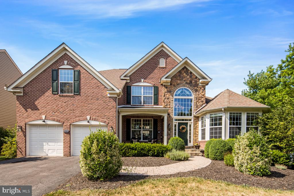 Original Model Home - 2270 W GREENLEAF DR, FREDERICK