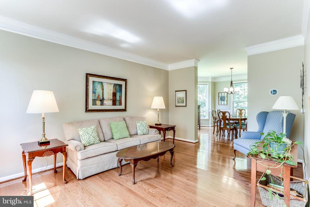 Living Room- Hardwoods, Crown Molding - 8728 HIDDEN POOL CT, LAUREL