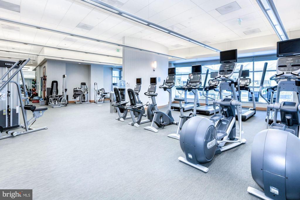 Gym - 1881 N NASH ST #1210, ARLINGTON