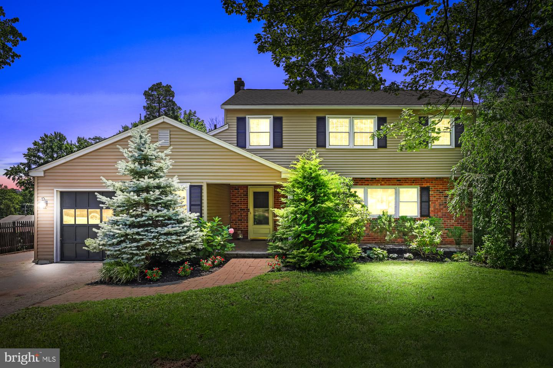 Single Family Homes للـ Sale في Audubon, Pennsylvania 19403 United States