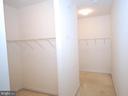 Walk-in closet - 9560 TARVIE CIR, BRISTOW