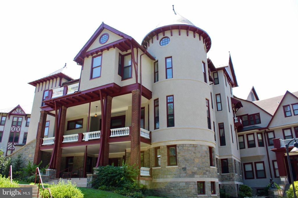 Beautiful Victorian Architecture - 9610 DEWITT DR #PH412, SILVER SPRING