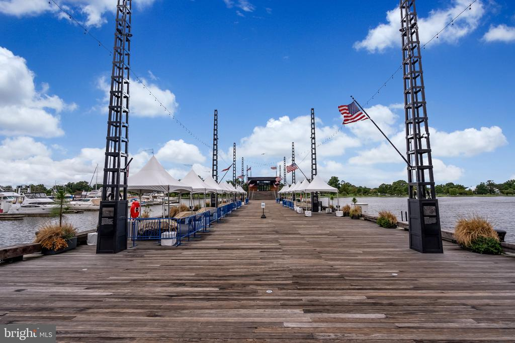 Live music and festivals, on the pier all summer - 45 SUTTON SQ SW #1104, WASHINGTON