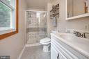 Master bathroom - 19 TALL TREE LN, FREDERICKSBURG