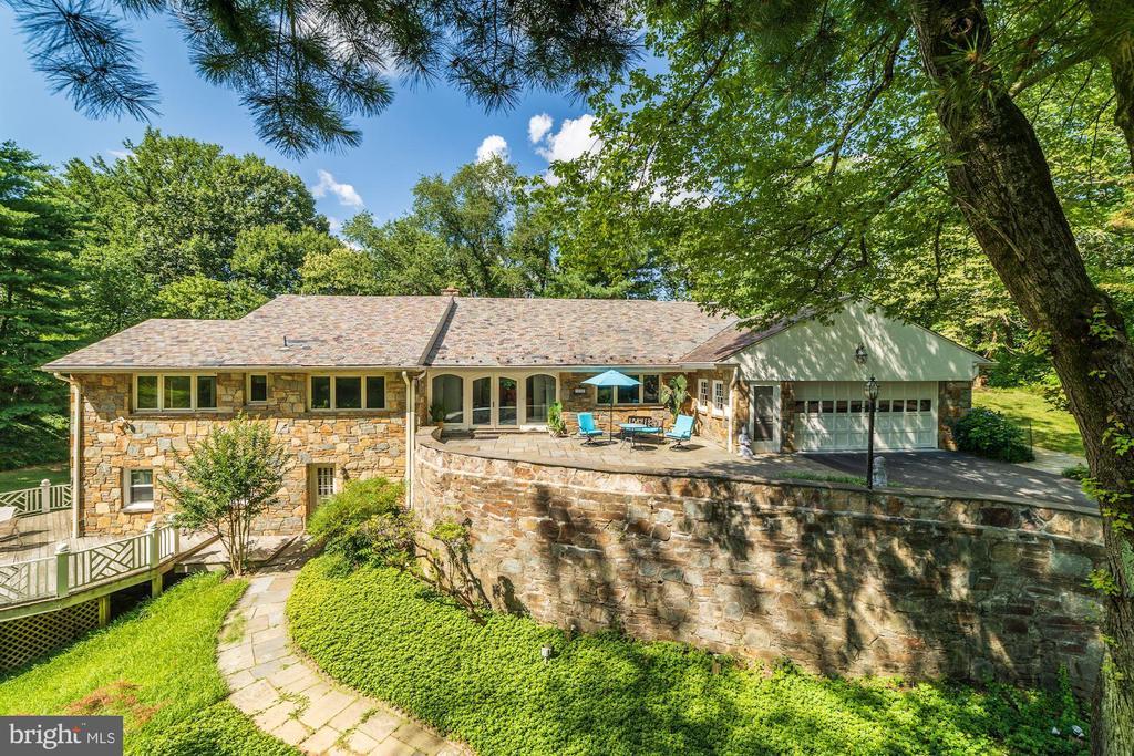 Gorgeous home, gorgeous setting - 2747 N NELSON ST, ARLINGTON