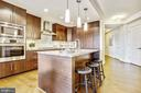 Kitchen - 7171 WOODMONT AVE #605, BETHESDA