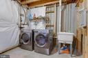 Full size washer dryer and laundry sink - 8873 OLD SCAGGSVILLE RD, LAUREL
