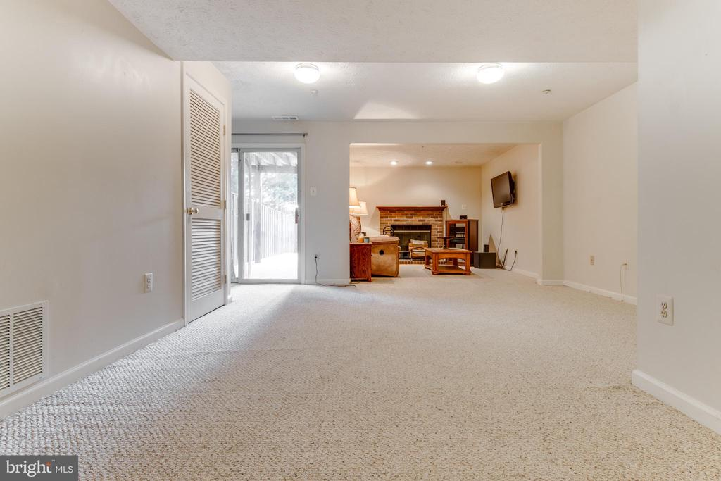 Full sized downstairs family room - 8873 OLD SCAGGSVILLE RD, LAUREL