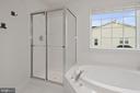 Separate Shower - 43666 CHICACOAN CREEK SQ, LEESBURG